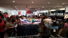 Mağazalarda bayram hareketliliği