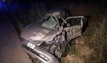 Bolu'da kavşaktan dönen otomobil kamyonla çarpıştı: 5 yaralı