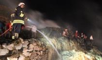 Elektrik tellerinden çıkan yangın 5 ev ve ahırı kül etti