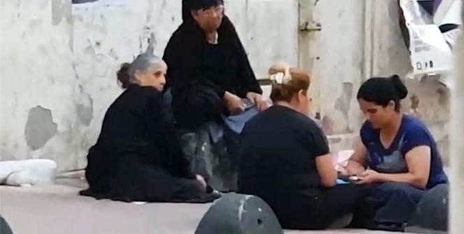 Taksim'de dilenciler topladıkları paraları böyle paylaştı