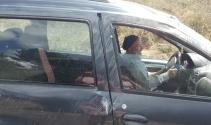 Şoka giren sürücü, kaza yaptığı otomobiline binip gitmek istedi