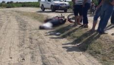 Direksiyon hakimiyetini kaybeden motosiklet sürücüsü yola düşerek öldü