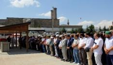 Müftülükteki saldırıda hayatını kaybeden 5 kişiden Erzurumlu imam son yolculuğuna uğurlandı