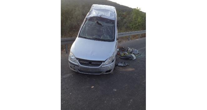 Manisada otomobil bariyerlere çarptı: 1 ölü