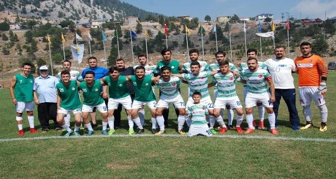 Hacımusalıspor ile Çatalanspor finale çıktı