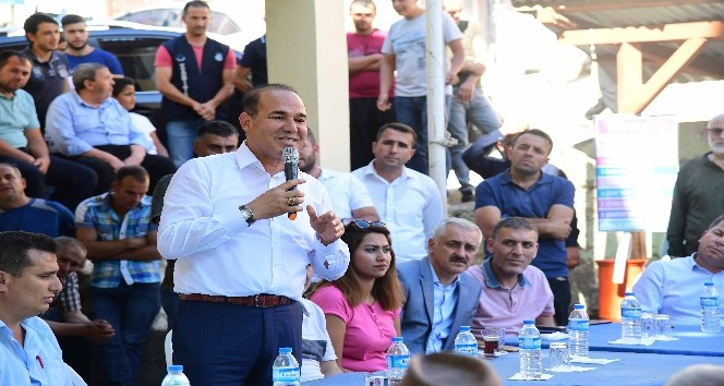 Başkan Sözlü ilçelerde vatandaşlarla bayramlaştı