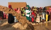 Sosyal medya fenomeni Sudan'da su kuyusu açtı