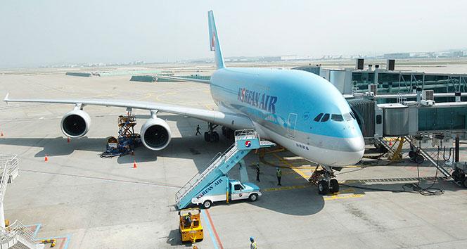 Havalimanında 'bomba' şüphesi nedeniyle pist trafiğe kapatıldı