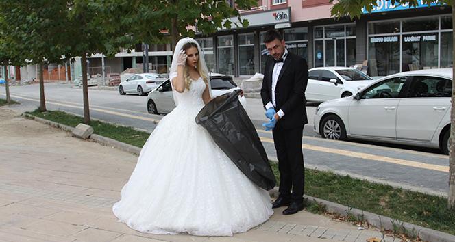 Gelin ve damat düğün öncesi çevreyi temizledi