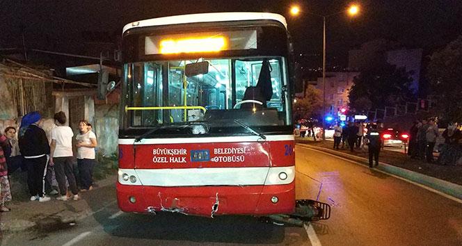 Samsun'da halk otobüsü motosiklete çarptı: 2 ölü