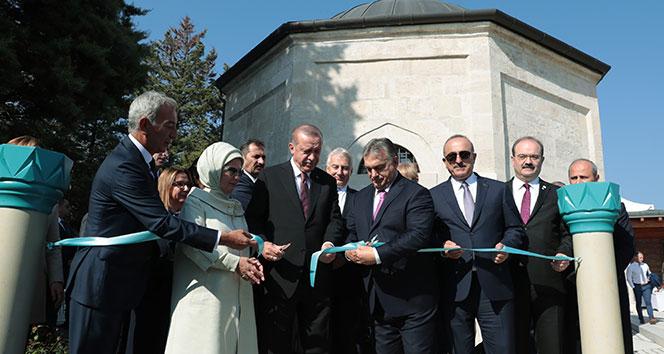 Cumhurbaşkanı Erdoğan, Macaristan'da Gül Baba Türbesini açtı