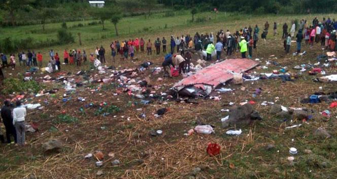 Kenya'daki otobüs faciasında ölü sayısı 50'ye yükseldi