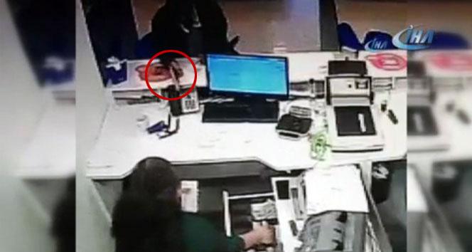 Sancaktepe'deki banka soygunu kamerada