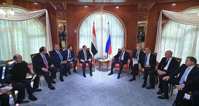 Rusya, Mısır'a nükleer santral inşa edecek