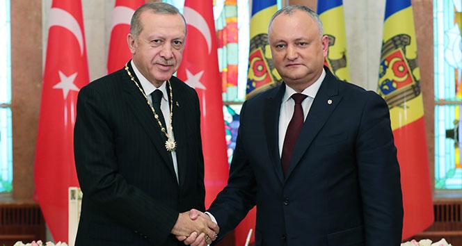 Moldova'da Cumhurbaşkanı Erdoğan'a Cumhuriyet Nişanı