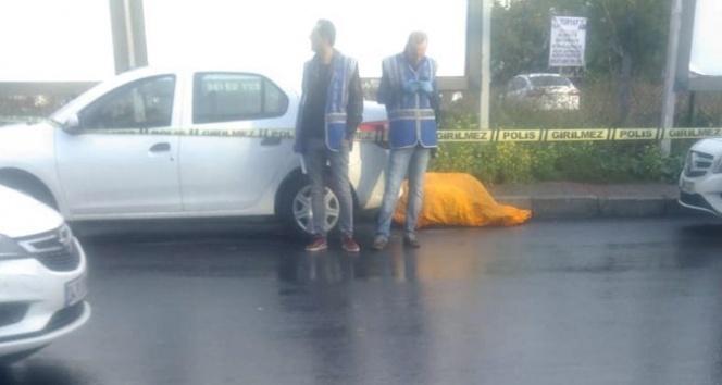 Bakırköy'de okula giden öğrenciler dehşeti yaşadı