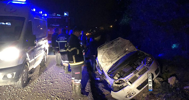 Kontrolden çıkan otomobil şarampole uçtu: 4 yaralı