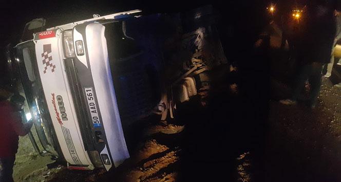 Ağrı'da kaza: 1 ölü, 4 yaralı