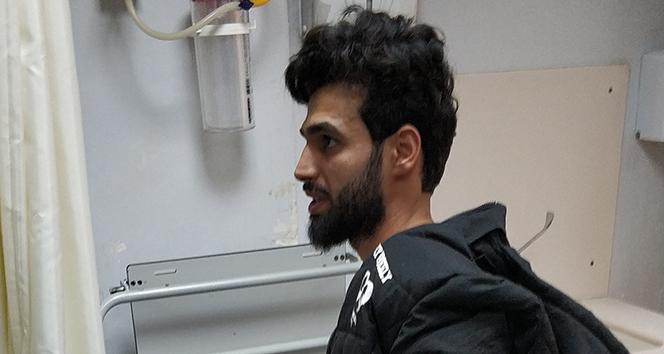 Sigara istedikleri Iraklı genci bıçakladılar