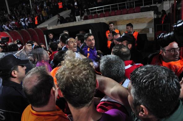 Sivasspor-Galatasaray maçı sonrası olay