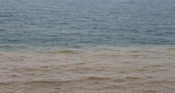 Karadeniz iki renk oldu