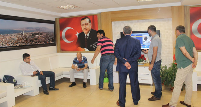 AK Parti İzmirde sessizlik hakim