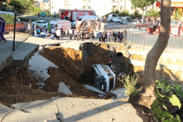 İstanbul'da AVM inşaatında göçük