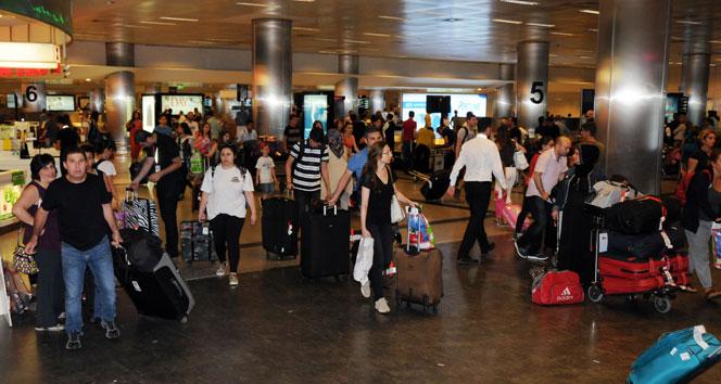Havalimanında rekor bekleniyorAtatürk Havalimanı,bayram yoğunluğu,havalimanı