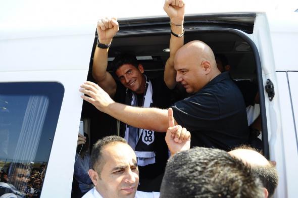 Mario Gomez İstanbul'a geldi