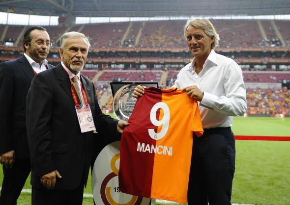Aslan Inter'i devirdi