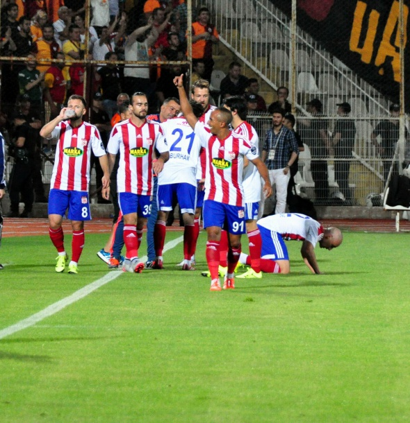 Medicana Sivasspor-Galatasaray maçından kareler