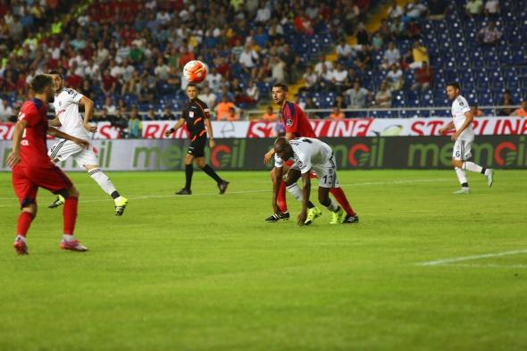Mersin İdman Yurdu-Beşiktaş maçından kareler