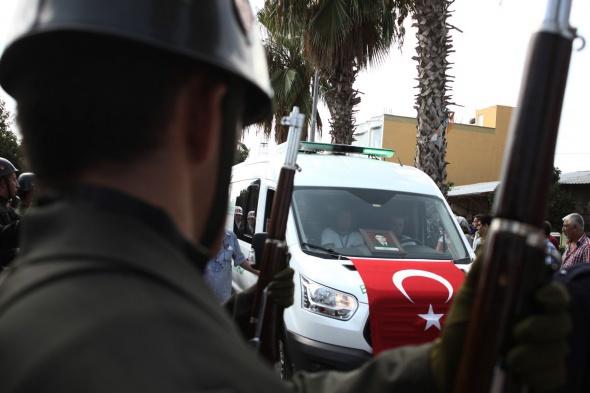 Türkiye şehitlerini bağrına bastı