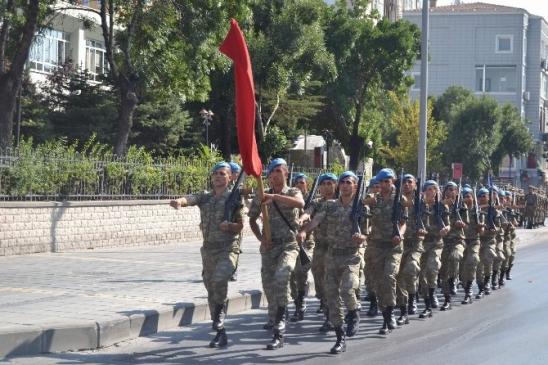30 Ağustos Provası Cumhuriyet Meydanı'nda Yapıldı