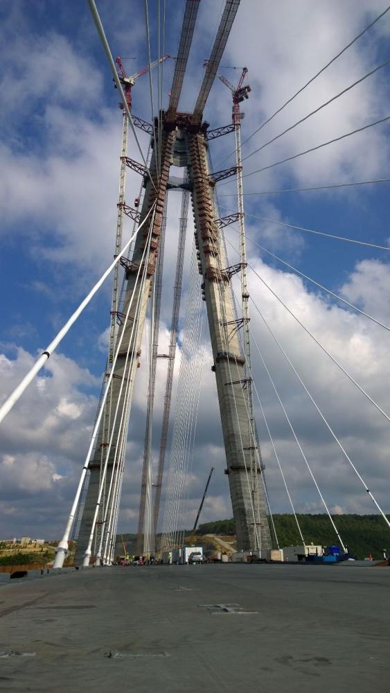 Üçüncü köprünün kedi yolundaki çalışmaları devam ediyor