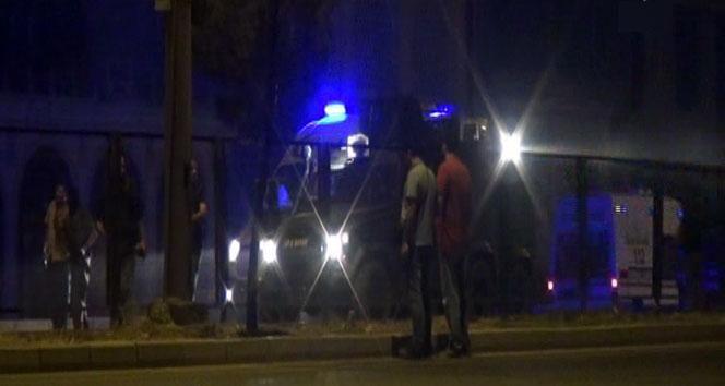 Polis aracına bombalı saldırı: 10'u polis 16 yaralı