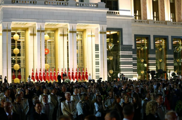 Cumhurbaşkanlığı Sarayı'nda bin 800 kişilik resepsiyon