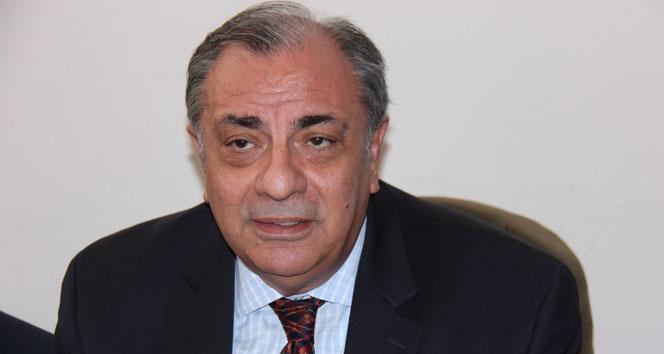 Arınç, Başbakan yardımcılığı görevini Türkeş'e devrettiBülent Arınç,Tuğrul Türkeş