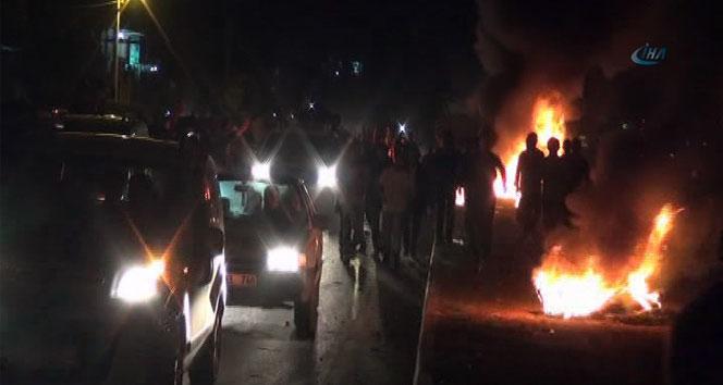 Göstericiler, Emniyet Müdürünü tabancayla vurdular
