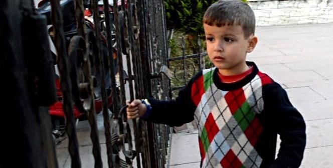 Kaybolan çocuk zekasıyla polisleri hayran bıraktı