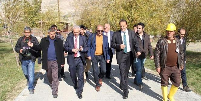 Erzincan Belediyesi Ekşisu mesire alanına hayat veriyor