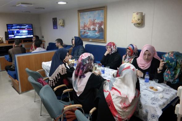 Aden'de bulunan 55 vatandaş tahliye edildi