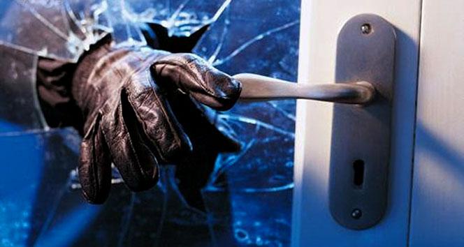 700 bin TL'lik servetini hırsızlara kaptırdı!