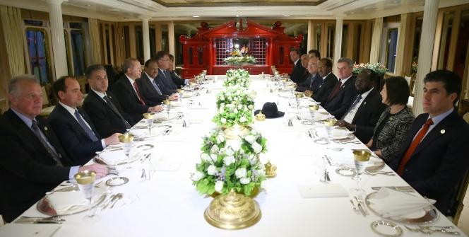Erdoğan konuklarını Savarona'da ağırladı
