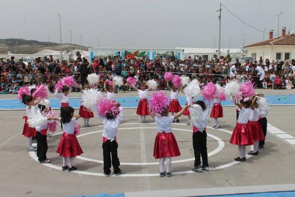 Suriyeli çocuklardan muhteşem gösteri
