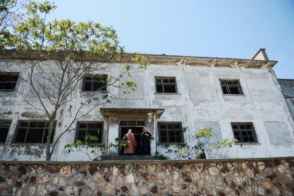 Adnan Menderes'in idamı beklediği koğuşta gezdiler